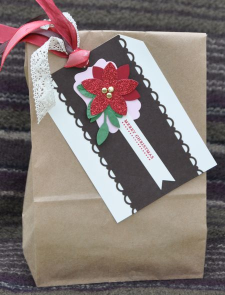 Christmas Lunch Sack Gift Packaging with tag made from scraps